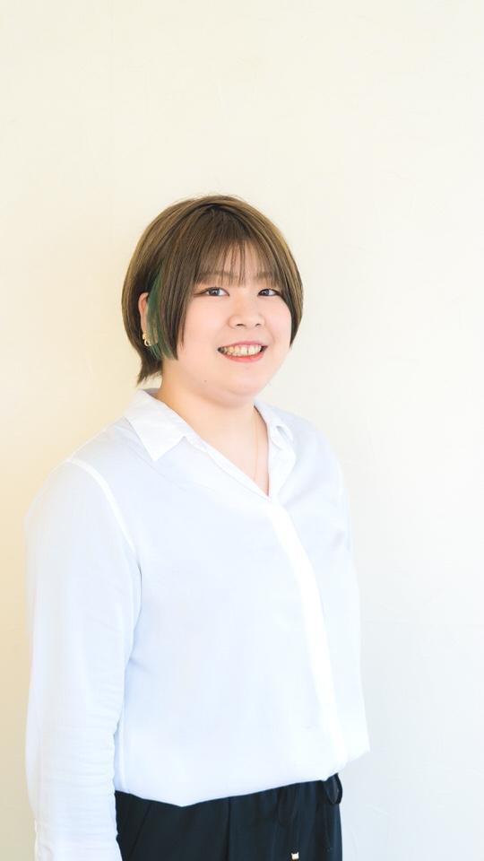 村川 友香